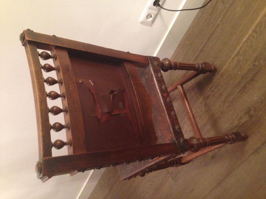 8 antieke houten stoelen met lederen bekleding meubelstoffering kopen in amstelveen - Lederen bekleding ...